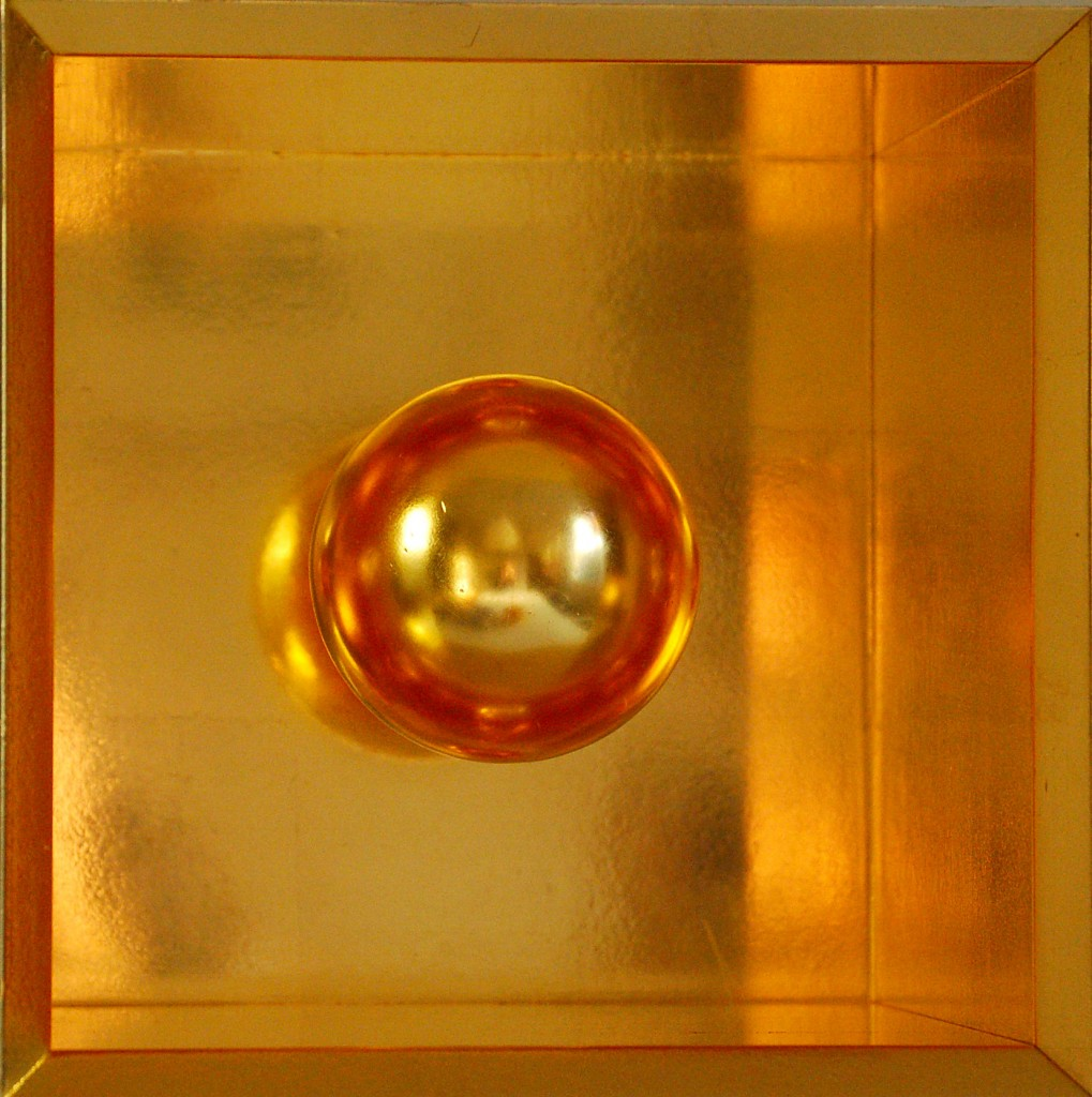 Golden sphere
